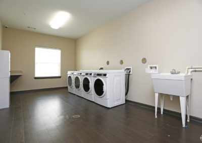 sansom-pointe-senior-sansom-park-tx-laundry-facilities