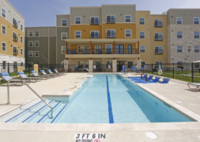 sansom-pointe-senior-sansom-park-tx-pool (3)